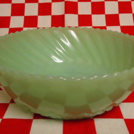 Jadeite Magic Gallery - Fire King Jadeite Diamond Bottom Bow #2
