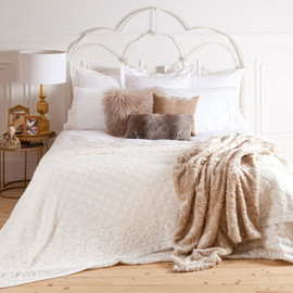 Zara Home - Grid Design Bedspread and Cushion Cover