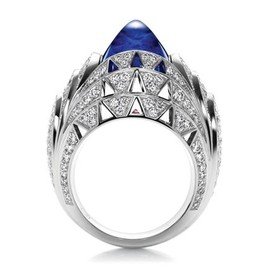 HARRY WINSTON - Skyscraper by Harry Winston, Cabochon Sapphire and Diamond Ring