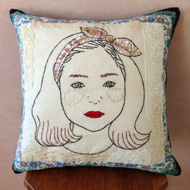 "cushion "" oui ! """