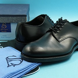 Alfred Sargent - Gibson shoes