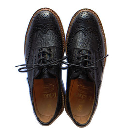 UNRIVALED - COUNTRY SHORT by Tricker's (BLACK)