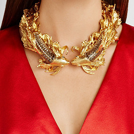 Alexander McQueen - Gold-plated, Swarovski crystal and glass choker