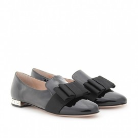 miu miu - PATENT LEATHER LOAFERS WITH PLEATED BOW