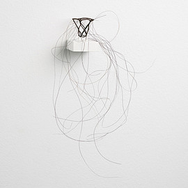 Christiane Löhr - Kleiner Haarkelch, little hair chalice, 2006, horse hair needles