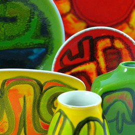 POOLE POTTERY - MID CENTURY 'Delphis' collection