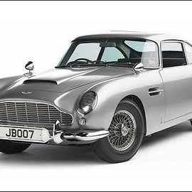 Aston Martin - Silver Grey DB4