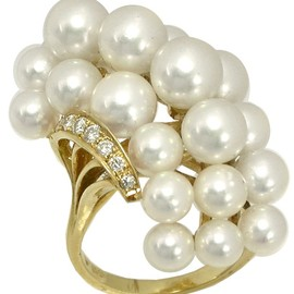 MIKIMOTO - Pearl Diamond Cluster Ring
