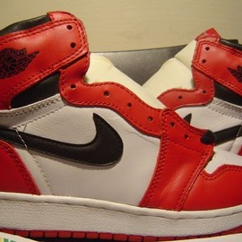 Nike - Air Jordan 1 (I) Retro 1994 - White / Black - Red