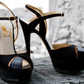 YVES SAINT-LAURENT - YSL Heels
