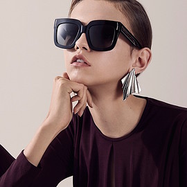 Givenchy - Givenchy Oversized Square Sunglasses