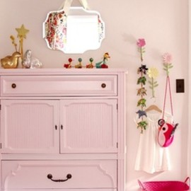 perfectly pink room via making it lovely