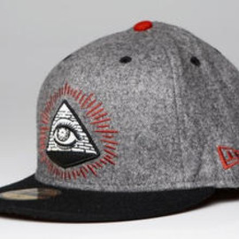 REBEL8 - New Era 59FIFTY:ILLUMINATI