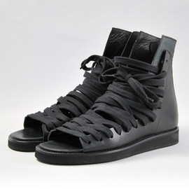 12AW High-top Sneakers