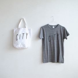 DAY OFF Tee  (white)
