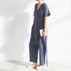 https://iloveiletelle.com - Unique jump suit