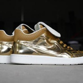 Nike - NIKE TIEMPO '94 MID SP METALLIC GOLD/METALLIC GOLD-SAIL