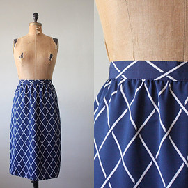 vintage - vintage 1970's skirt - diamond print flared skirt