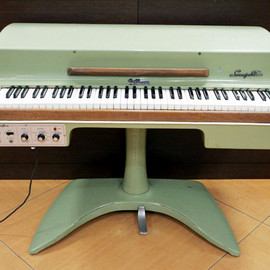 Fender - Rhodes Student 73 keys - Avocado Green