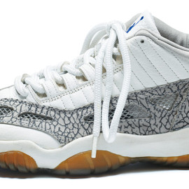 NIKE - AIR JORDAN 11 LOW (Original)