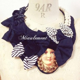 miaulement - braid hair girl necklace
