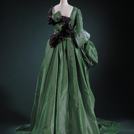 Vivienne Westwood - Watteau' dress