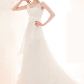 atelier aimee - sleeveless wedding dress