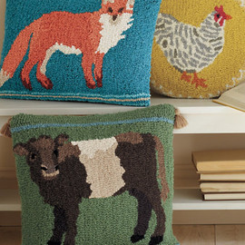 Garnet Hill - Animal Portrait Hooked Wool Pillow Cover