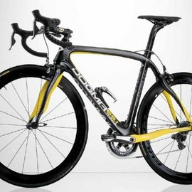 PINARELLO - DOGMA 65.1 Think2 TDF Limited Edition