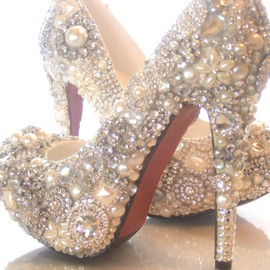 everlastinglifashion - Cinderellas Wish... crystal, glass and pearl covered high heels