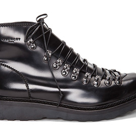 GIVENCHY - Leather Capsule Boots