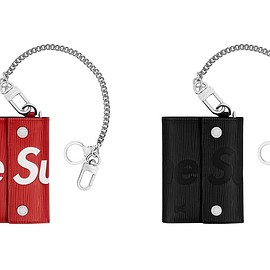 LOUIS VUITTON, Supreme - Chain Wallet