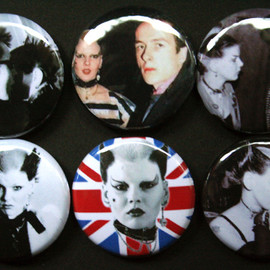 Soo Catwoman Badge/Button Set