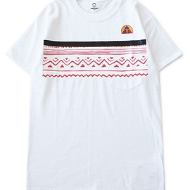 TOGA ODDS&ENDS - RUBBER Pocket Tee 2 (white)