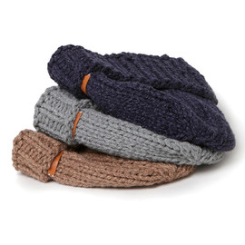 hobo - Wool Cable Knit Beanie by Tricote