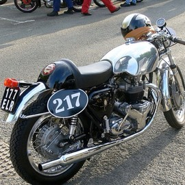 BSA - BSA Cafe Racer.