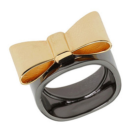 Marc by Marc Jacobs - Bow Ring