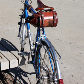 PedalHappyDesign - Bike Beer Growler Holder/Cover