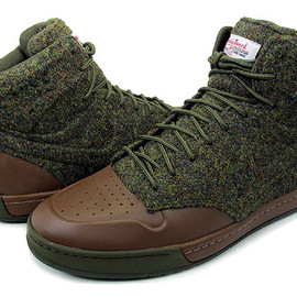 "NIKE - AIR ROYALTY MID VT ""Harris Tweed"""