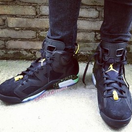 Nike - NIKE AIR JORDAN 6 RETRO BLACK/LIGHT LUCID GREEN-TOUR YELLOW