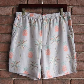 WACKO MARIA - PRINTED PINEAPPLE & PALM TREE HAWAIIAN SHORTS