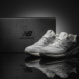New Balance - MRT580XX - All White