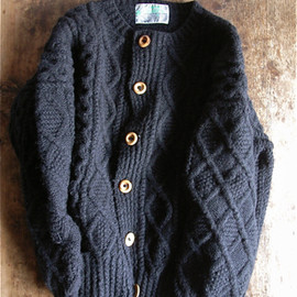 GALWAY BAY PRODUCTS - Aran Sweaters