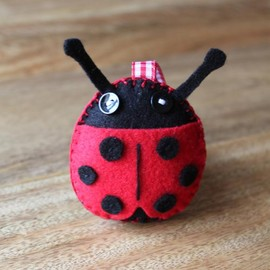 Luulla - Ladybird Plush Toy or Pincushion Red and Black Handmade Felt