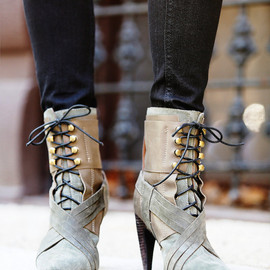 JEFFREY CAMPBELL - Jeffrey Campbell + Free People Bray Heeled Boot