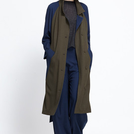 ASSEMBLY NEW YORK - Raglan Trench (Navy/Olive)