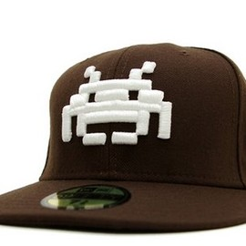 NEW ERA - SPACE INVADER x NEW ERA 59FIFTY FITTED CAP