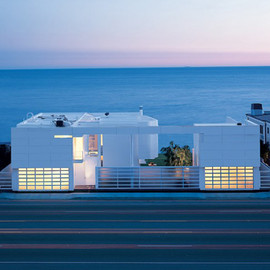 Richard Meier - Beach House, Malibu, California