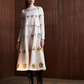 Valentino - Valentino Floral-Embroidered Crepe Couture Dress