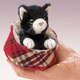 Folkmanis - cat in bed (finger puppets)